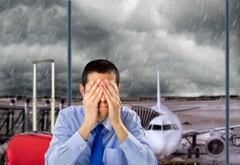 Flugzeugverspätung um mehr als 3 Stunden wegen extremer Witterungsverhältnisse