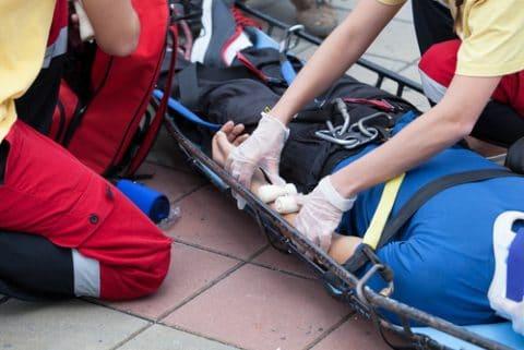 Rettungsassistentsfehler bei der Untersuchung und Behandlung eines Notfallpatienten