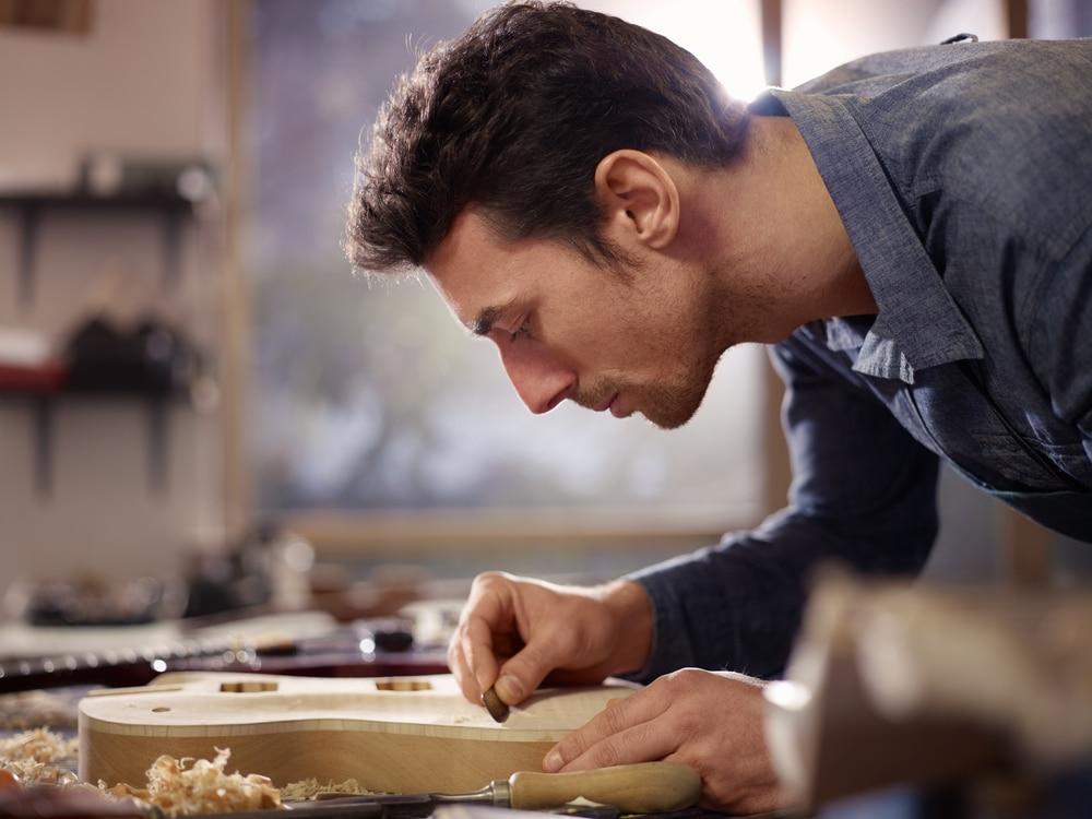 Gefälligkeitstätigkeit eines Handwerkers - Haftungsbeschränkung auf Vorsatz und grobe Fahrlässigkeit