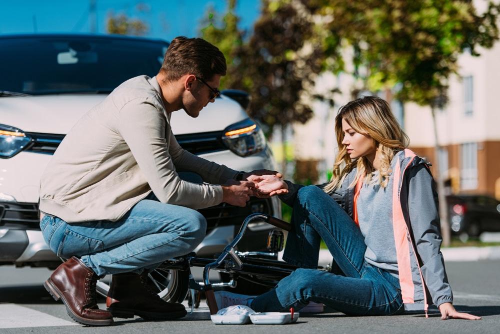 Verkehrsunfall - Schmerzensgeldanspruch nach multiplen Frakturen mit Dauerfolgen