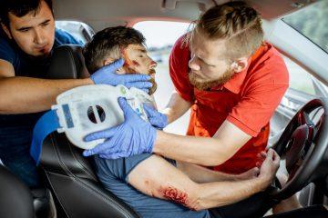 Verkehrsunfall – Schmerzensgeld bei Schädelhirntrauma – Lockerung eines künstlichen Hüftgelenks