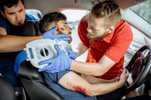 Schmerzensgeld bei Schädelhirntrauma - Lockerung eines künstlichen Hüftgelenks