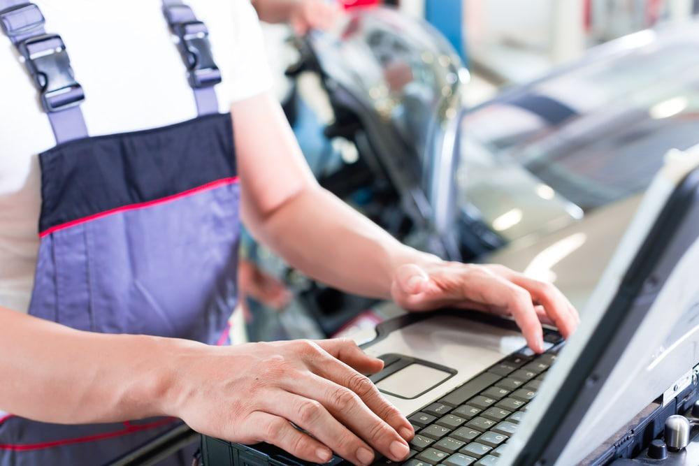 Rückabwicklung Gebrauchtwagenkaufvertrag - vorsätzliches Verschweigen von Chiptunings