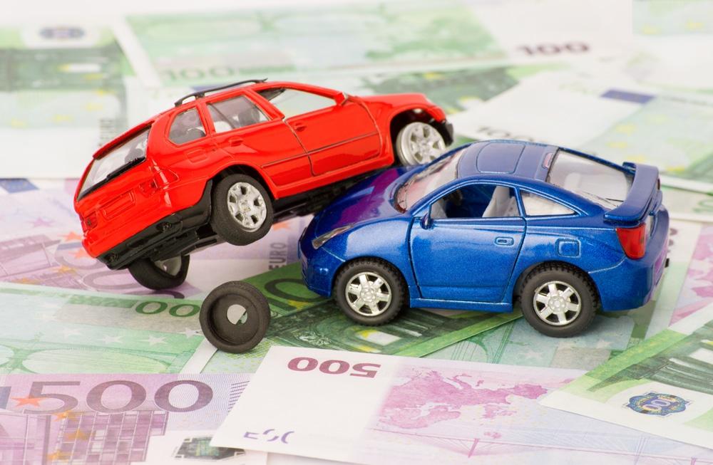 Verkehrsunfall - Kostenpauschale des Geschädigten 30 Euro zuzüglich Mehrwertsteuer