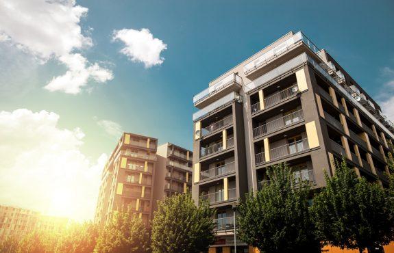 Grunddienstbarkeitsbeeinträchtigung - Errichtung von Balkonen trotz Verbots