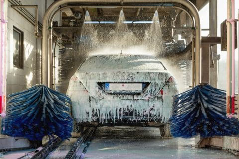 Haftung des Betreibers einer Autowaschanlage für Fahrzeugbeschädigungen