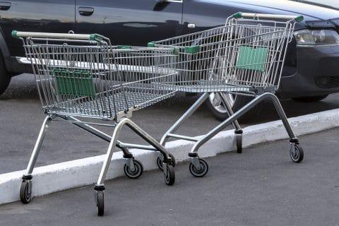 Beschädigung Kraftfahrzeug durch wegrollenden Einkaufswagen