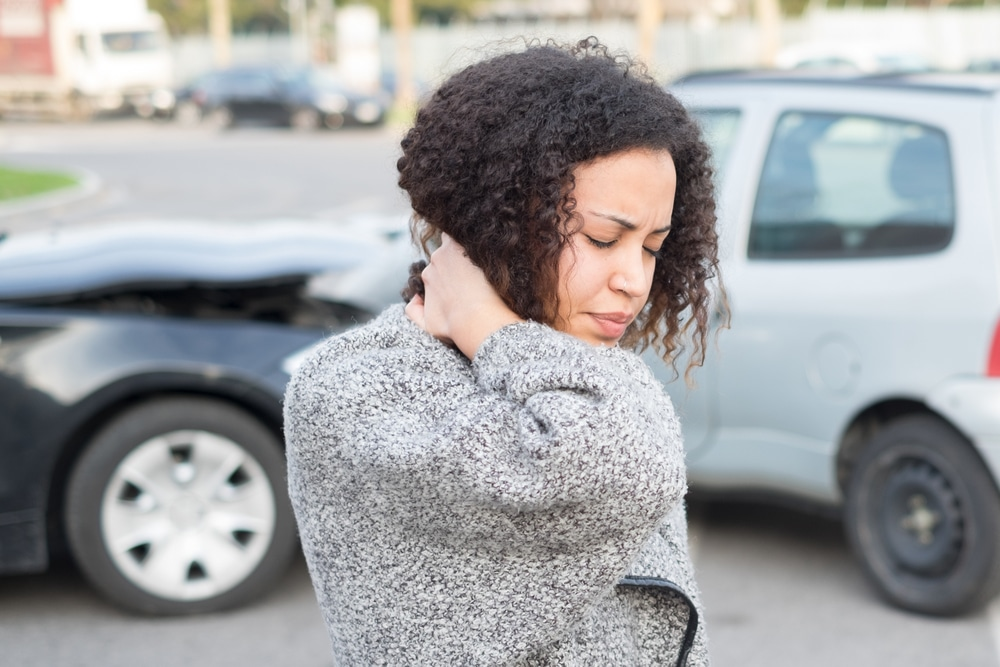 Verkehrsunfall - Schmerzensgeld bei HWS-Distorsion sowie Stauchungen und Prellungen