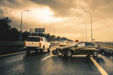 Verkehrsunfall – Kollision bei Überholvorhaben und Fahrstreifenwechsel auf Autobahn