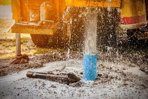 Vertrag über Brunnenbohrung - Auffinden wasserführender Schichten als Baugrundrisiko