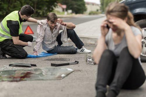 Verkehrsunfall - Schmerzensgeld bei Verletzungen am rechten Ellenbogen und rechten Handgelenk