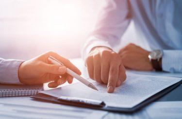 Wirksamkeit der fristlosen Kündigung des Dienstleistungsvertrages gemäß § 627 Abs. 1 BGB