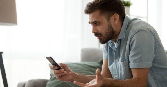 Mobilfunkvertrag - Hinweispflicht auf zusätzliche Kosten für Internetnutzung