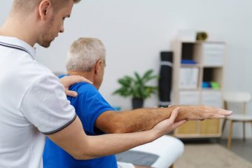 Schmerzensgeldbemessung bei einer Schulterverletzung durch einen Stoß