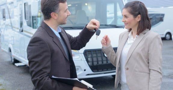 Wohnmobilkaufvertrag - Rücktritt bei Beschränkung der Zuladungslast als Sachmangel