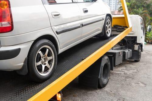 Verkehrsunfall – Nutzungsausfallentschädigung – späte Fahrzeugneuanschaffung