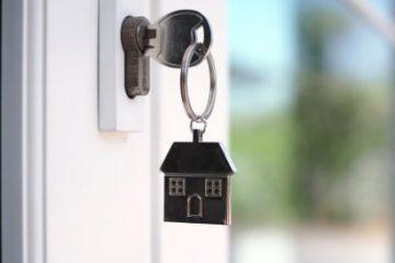 Wohnungskaufvertrag – erhöhte Baukosten aufgrund verspäteter Zahlung des Käufers
