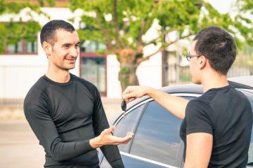Gebrauchtwagenkaufvertrag – Rücktritt bei arglistigem Verschweigen von Unfallschäden