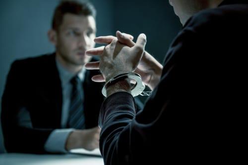 Pflicht zur Fragenbeantwortung in mündlicher Verhandlung