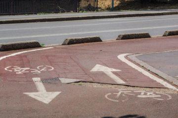 Verkehrssicherungspflichtverletzung – muldenartige Vertiefung auf einem Radweg