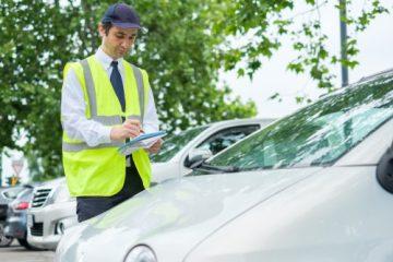 Anspruch gegenüber Polizei/Behörde auf Einschreiten gegen Parkverstöße?