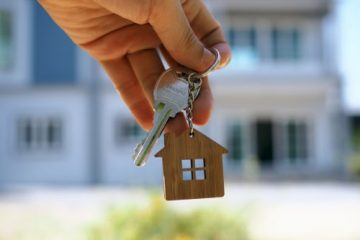 Wohnungskaufvertrag – Rückabwicklung und Schadenersatz wegen fehlerhafter Beratung