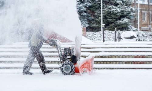 Winterdienstvertrag - Geschäftsbesorgungsvertrag mit überwiegend dienstvertraglichem Charakter