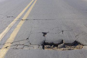 Verkehrssicherungspflicht – Fahrzeugschaden durch großes Schlagloch auf einer Bundesautobahn