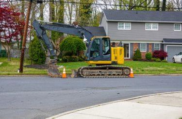 Straßenbauarbeiten - Haftung bei Beschädigung eines Wohnhauses