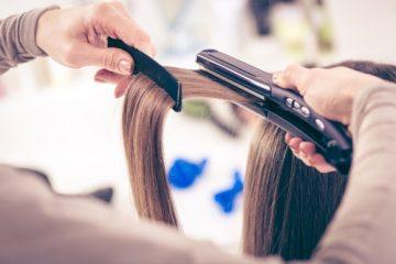 Missratene Haarglättung beim Friseur – Schadensersatz- und Schmerzensgeldanspruch