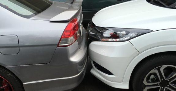 Verkehrsunfall - Anscheinsbeweis gegen den Fahrstreifenwechsler bei Auffahrunfall