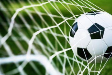 Verkehrssicherungspflichtverletzung – Ablegen eines Fußballtors außerhalb des Spielfeldes