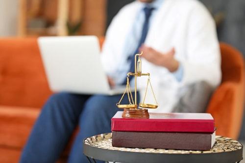 2. juristische Staatsprüfung - Pflichtstationsverlängerung wegen coronabedingten Einschränkungen