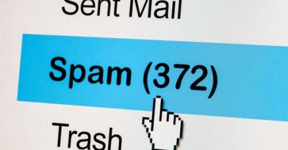 Unterlassungsanspruch hinsichtlich der erstmaligen Kontaktaufnahme per E-mail ohne Einwilligung