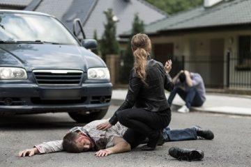 Verkehrsunfall – Kollision eines Kraftfahrzeugs mit einem die Straße überquerenden Fußgänger