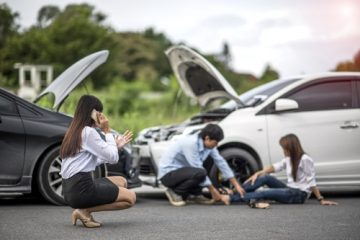 Haftung für Sturz des Geschädigten nach Aussteigen aus dem Unfallwagen erlittene Verletzungen