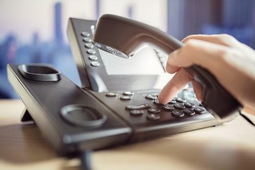 Telekommunikationsvertrag über Festnetzanschluss - Fristlose Kündigung wegen Nichterreichbarkeit