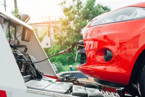 Beseitigung eines Fahrzeugs - Vorliegen der Haltereigenschaft - gebührenrechtlicher Veranlasser