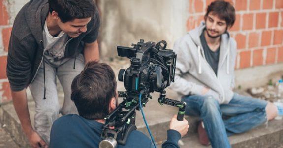 Filmaufnahmen in einem Gebäudeinnenhof ohne Zustimmung des Grundstückseigentümers