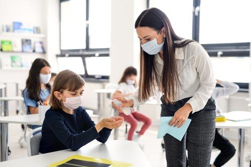 Eilantrag gegen Mund-Nase-Bedeckung während des Schulunterrichts