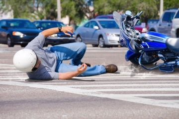 Verkehrsunfall Motorradfahrer – Schmerzensgeld bei Schädelhirntraumas – Weichteilkontusion
