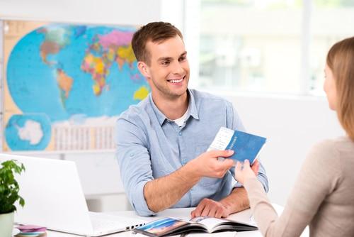 Beratungspflichten des Reisevermittlers - getrennte Buchung von Kreuzfahrt und Hin- und Rückflug