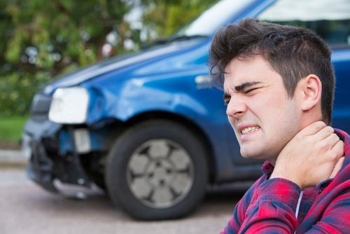 Verkehrsunfall - unfallbedingte HWS-Distorsion sowie psychosomatischer Erkrankung