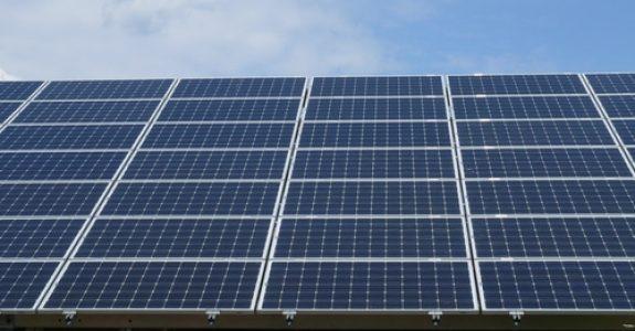Photovoltaikanlage - Untersuchung und Rügepflicht bei Streckengeschäft - versteckter Mangel