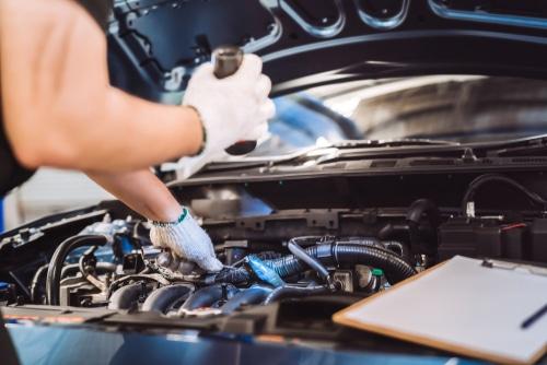 Neuwagenkauf - Nacherfüllungsanspruch bei zu hohem Ölverbrauch