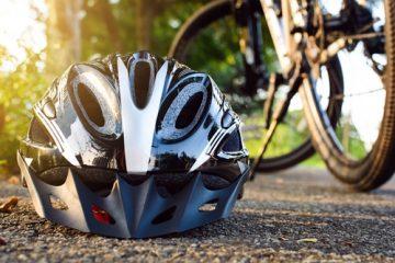 Verkehrsunfall – Nichttragen Fahrradhelm als Mitverschulden bei Alltagsradverkehr