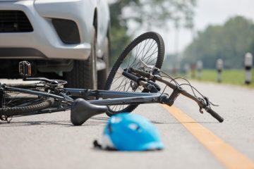 Verkehrsunfall – Kollision mit Radfahrer auf einem Fußgängerüberweg