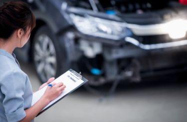 Verkehrsunfall - Ersatz des materiellen und immateriellen Schadens