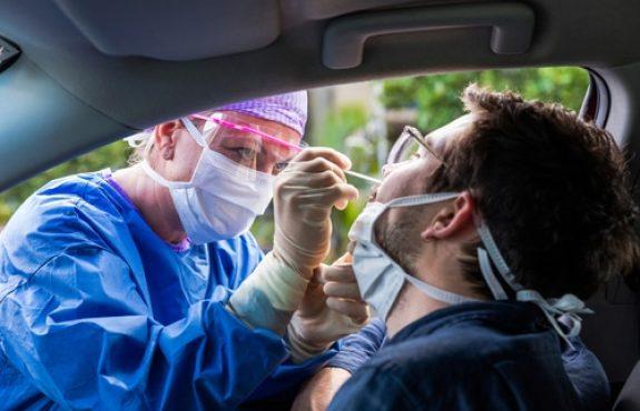 Corona-Pandemie - Erfordernis eines negativen Testergebnisses - Sylturlaub