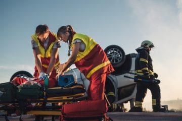 Verkehrsunfall – Mitverschulden eines auf der Autobahn an einer Unfallstelle verletzten Unfallhelfers